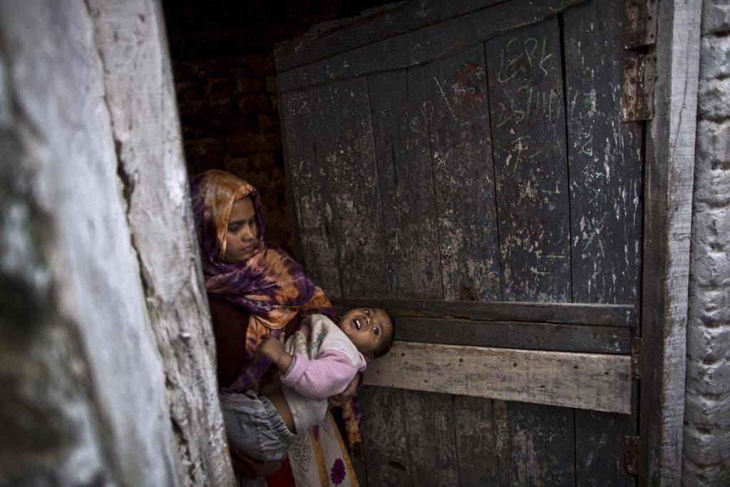 """la strage delle innocenti in India """"50 milioni di bambine"""" sterminate dall'aborto selettivo"""