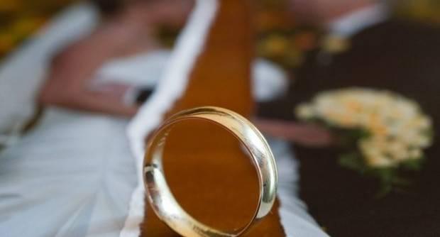 Il matrimonio è un sacramento indissolubile istituito da Gesù