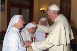 Lucca-compie-108-anni-suor-Candida-Bellotti-la-religiosa-piu-anziana-del-mondo_articleimage