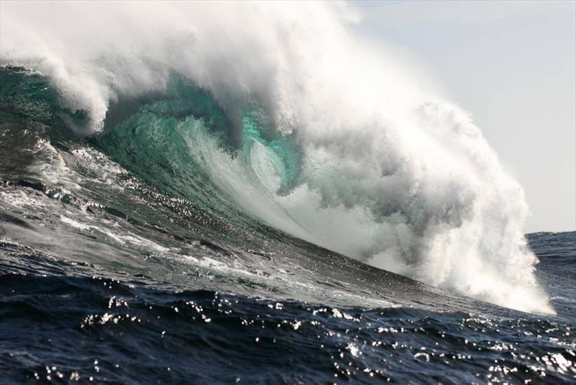 Gesù blocca la potenza dello Tsunami