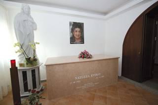 L'ultimo saluto di Natuzza Evolo. la mistica calabrese che vedeva e parlava col suo Angelo custode