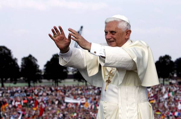 Padre Amorth racconta di una liberazione avvenuta a piazza San Pietro