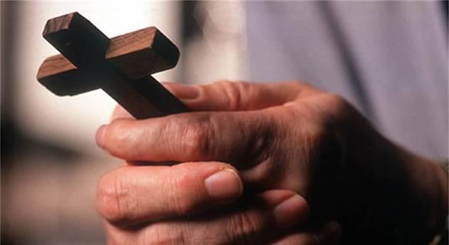 Basta con i Cristiani tiepidi. Bisogna avere il coraggio di trasmettere la fede lo dice chiaramente anche papa Francesco