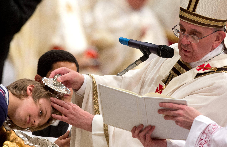 Può essere battezzato il bambino di persone non sposate?