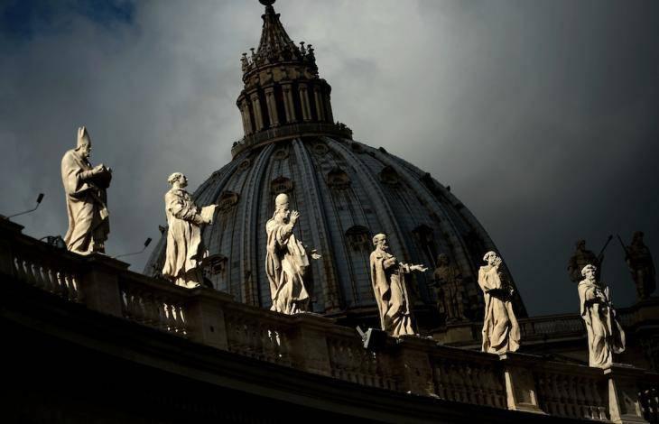 Quanta confusione Tra Chiesa e Vaticano.