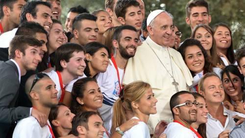 Esiste un Movimento Eucaristico Giovanile, già da 100 anni e più