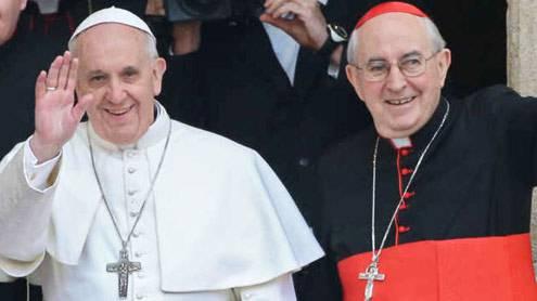 cardinale-agostino-vallini-e-papa-francesco