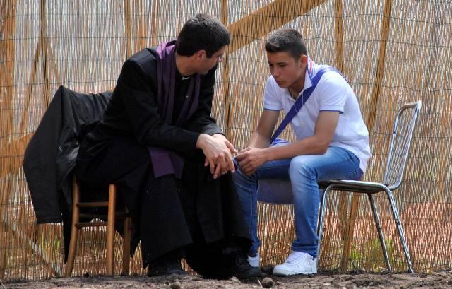 Si può prendere la comunione senza essersi confessati?