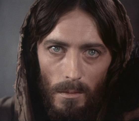 Imitare Cristo non è facile ma è possibile.