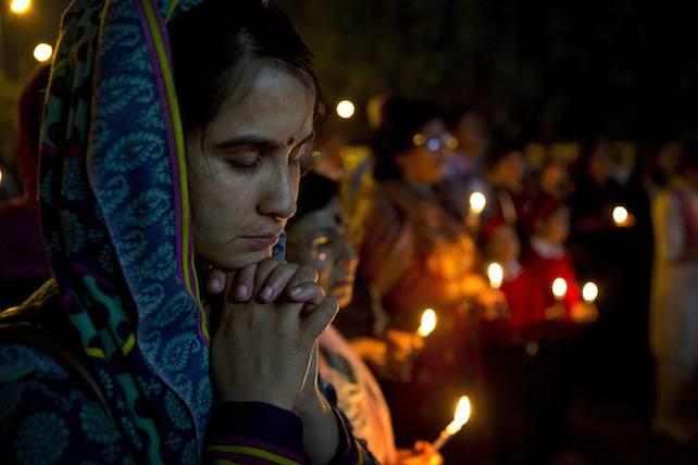 india-cristiani-preghiere