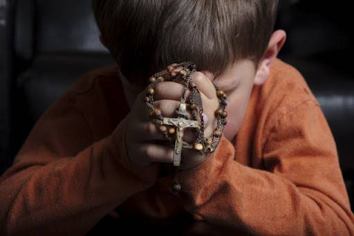 child-in-prayer-2
