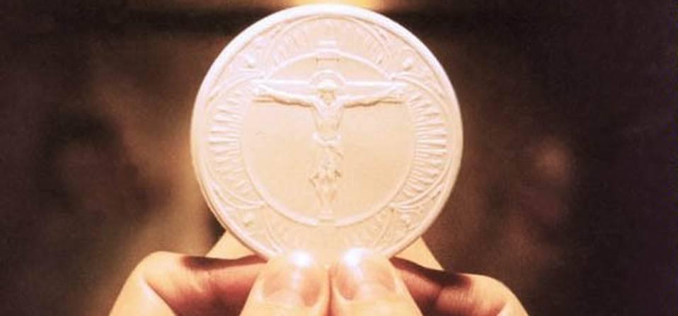 Quante domande si pongono i fedeli sull'Eucarestia?