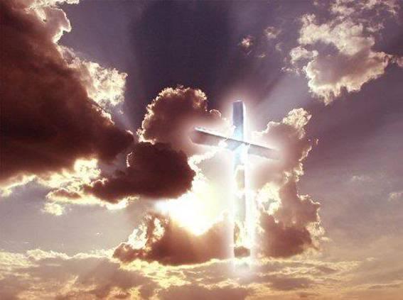 Croce luminosa luce in cielo 567 8a37fnt