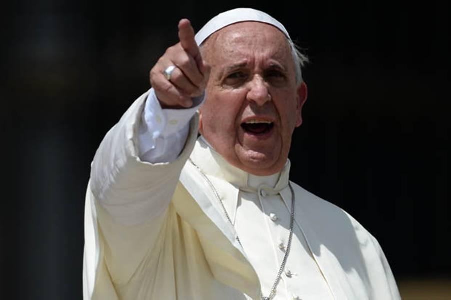 Papa-Francesco-nervoso