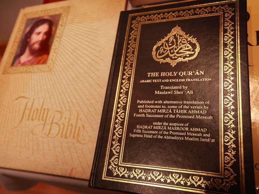 Il Corano e la Bibbia a confronto. Tabella comparativa fra cristianesimo e islam