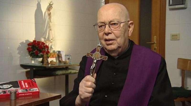 Padre Amorth ricordava che il demonio esiste, mai dimenticarlo