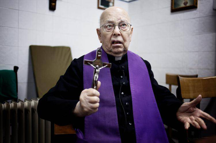Esorcismi e preghiere di liberazione sono due cose differenti
