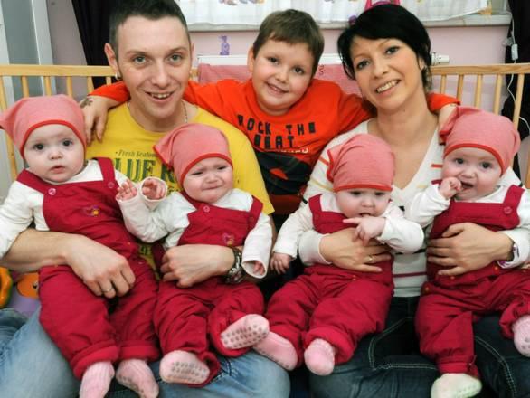 Dopo 4 aborti, 4 gemelli ecco il Miracolo