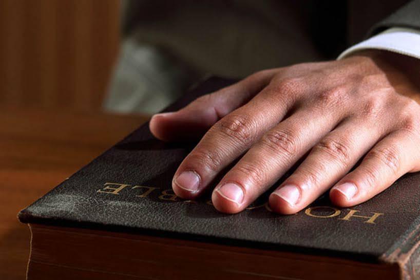 Quali sono i peccati contro l'ottavo comandamento?