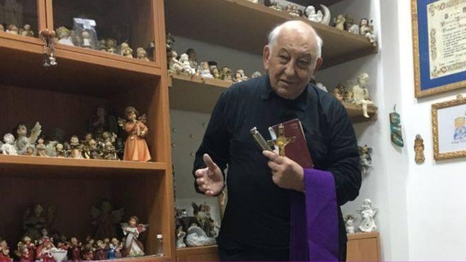 Conosciamo Padre Vincenzo che ha raccolto il testimone da Padre Amorth