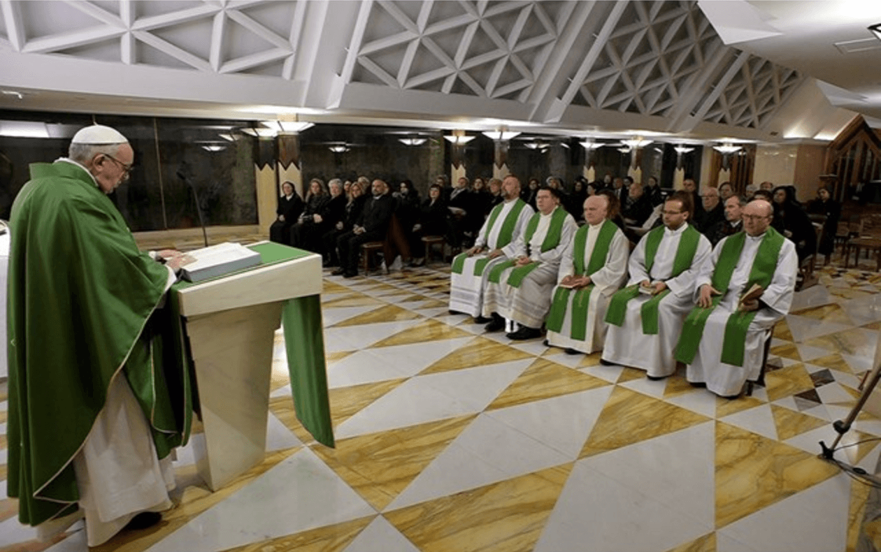 Papa Francesco: Gesù ha autorità perché è al servizio, clericalismo disprezza la gente