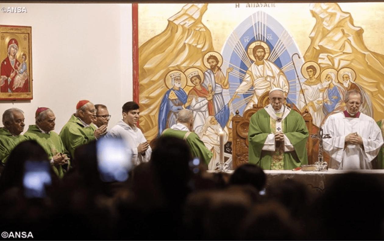 Papa Francesco: testimoniare Gesù, senza chiacchiere