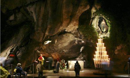 Preghiamo la Vergine Immacolata di Lourdes, ricordando che nulla è impossibile a Dio