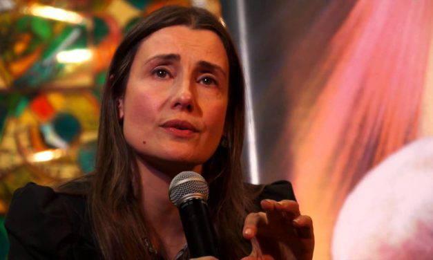 """Claudia Koll confessa: """"La meditazione orientale mi aveva condotto nelle grinfie del demonio"""""""