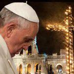 Ecco le meditazioni della Via Crucis del venerdì santo presieduta da Papa Francesco