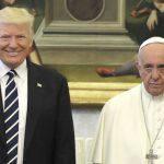 Anche il mancato sorriso del Papa diventa un caso, non ci sembra di esagerare?
