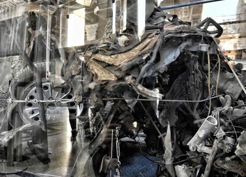 I resti dell'auto della scorta di falcone