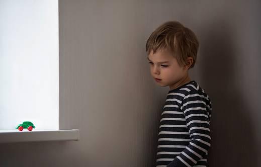 tina e il figlio autistico