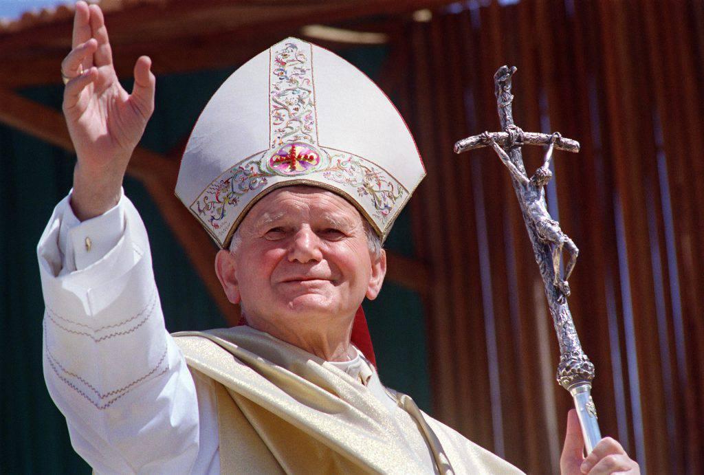 Don Amorth racconta di Giovanni Paolo II, l'esorcista