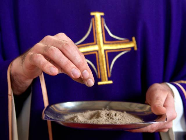 Il vangelo del giorno secondo Mt 6, 1-6. 16-18 e commento di don Gaetano