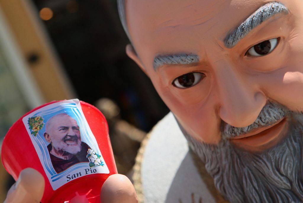 La potente invocazione a San Pio che permette di scacciare il demonio