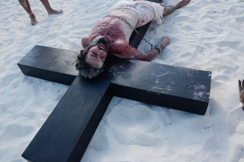 """""""Fu crocifisso, morì e fu sepolto"""""""