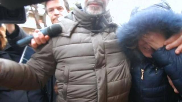 """Latina, il dolore della zia delle bimbe uccise dal Carabiniere: """"Due angeli"""""""