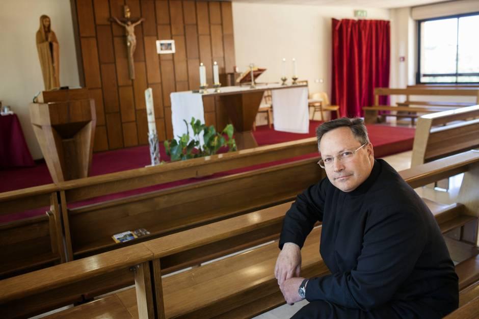"""Padre Cesar Truqui: """"Il diavolo esiste, se ignorato diventa più forte"""""""