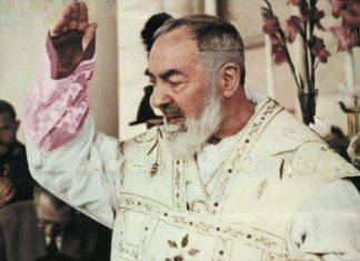 Padre Pio benedizione con la sua voce video