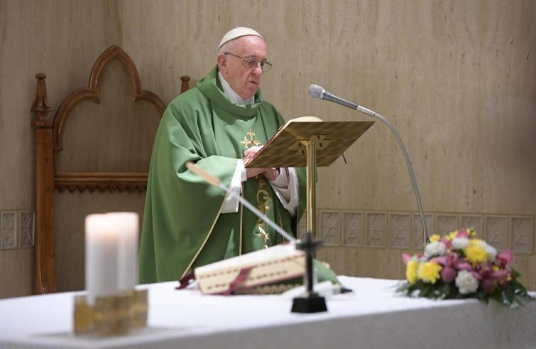 """Papa Francesco: """"Il vero profeta è quello che piange il dolore del suo popolo"""""""