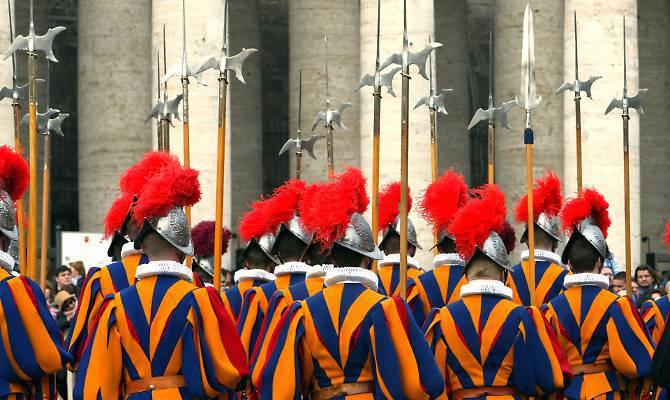 Vaticano: arrestato per pedofilia un diplomatico ecclesiastico