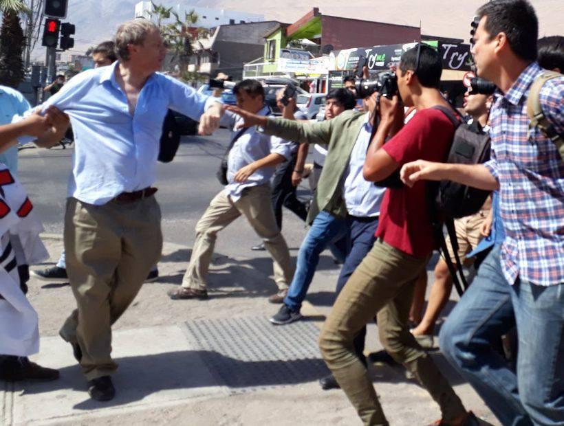 Cile: attivista prolife aggredito da manifestanti LGBT
