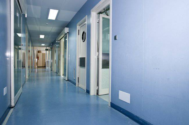 Professore condannato per abusi assume un mix di farmaci e muore