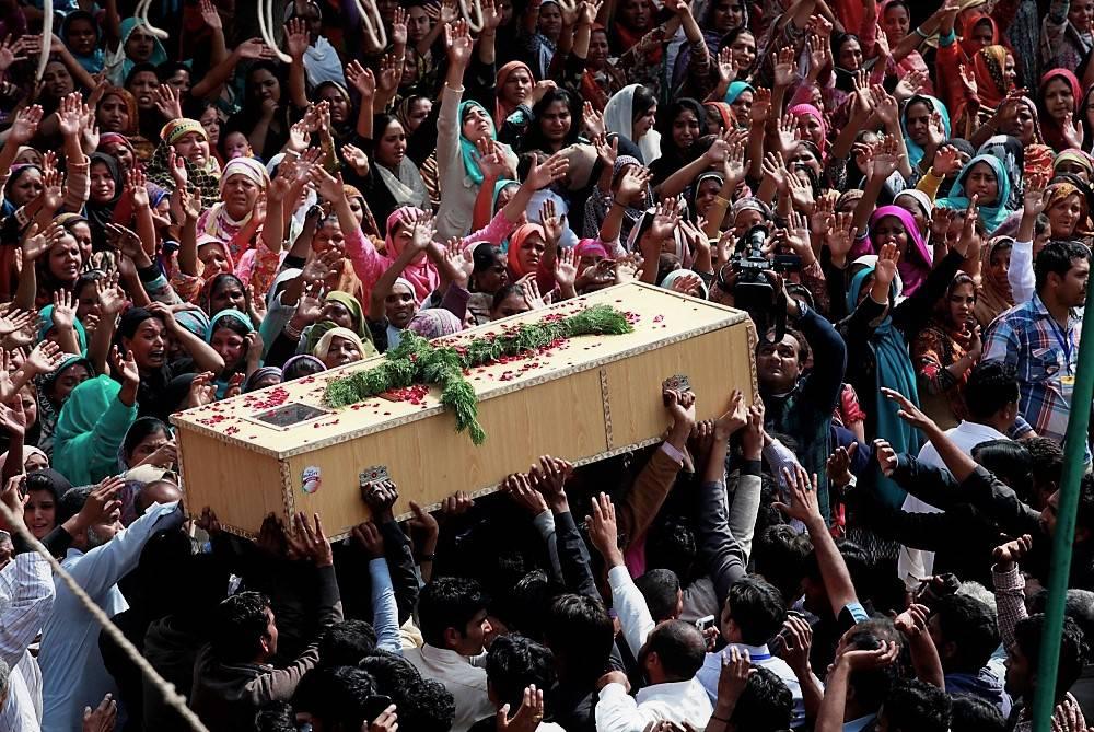 L'Isis rivendica l'uccisione di una famiglia cristiana in Pakistan