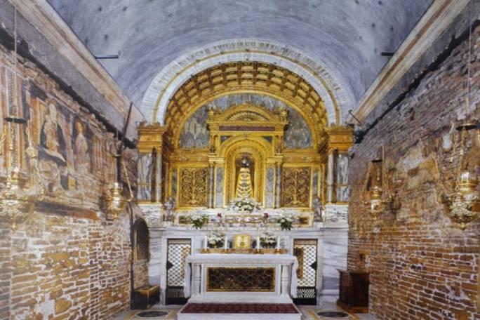 """Suor Emmanuelle: """"La Madonna è apparsa a Vicka nel Santuario di Loreto"""""""