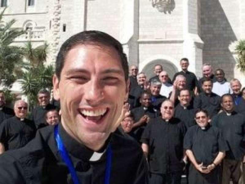 "Padre Anthony: ""La vita non è breve se vissuta appieno"""