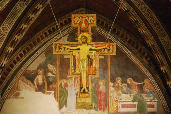 Avete mai guardato da vicino il crocifisso di San Damiano?