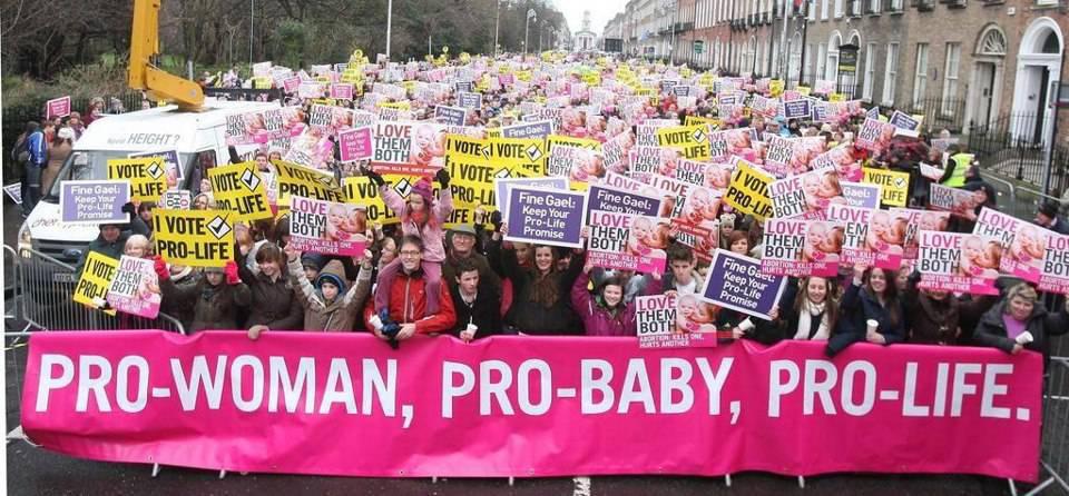 Irlanda, continua la lotta della Chiesa contro la legge sull'aborto
