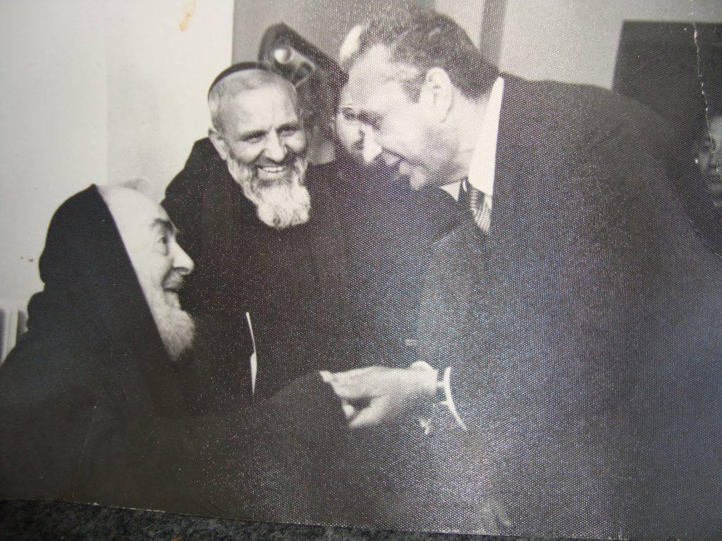 Padre Pio ha predetto l'assassinio Moro? Tutta la verità sulla profezia