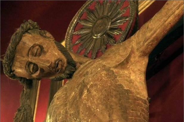 La devozione al crocifisso miracoloso della Basilica del Carmine a Napoli